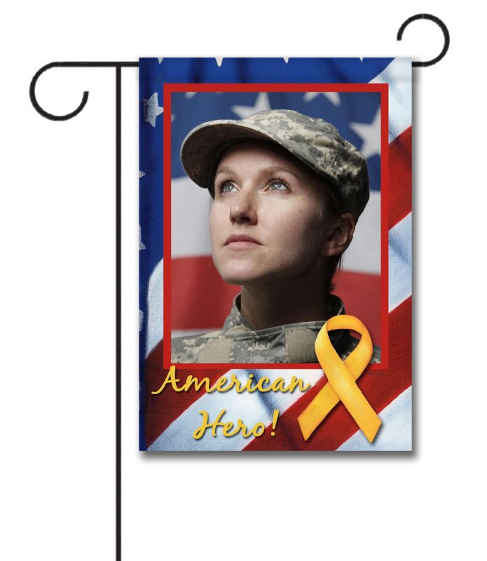 American Hero - Photo Garden Flag - 12.5'' x 18''