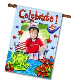Patriotic Frog - Photo House Flag - 28'' x 40''