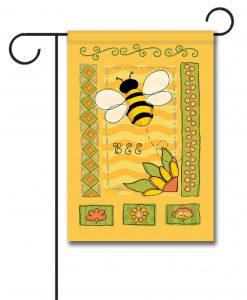 Springtime Bee - Garden Flag - 12.5'' x 18''