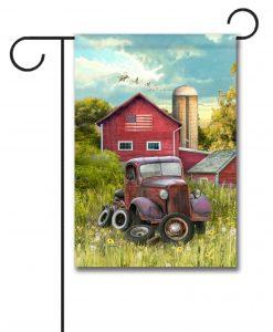 Vintage Farm Truck - Garden Flag - 12.5'' x 18''