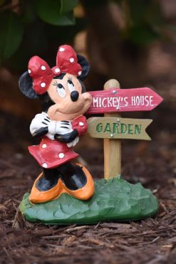 Minnie Mouse Directional Sign Disney Garden Statue