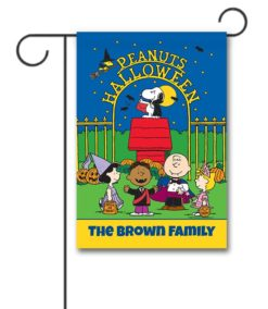 PNT2554 Peanuts Personalized Charlie Brown Snoopy Halloween Garden Flag